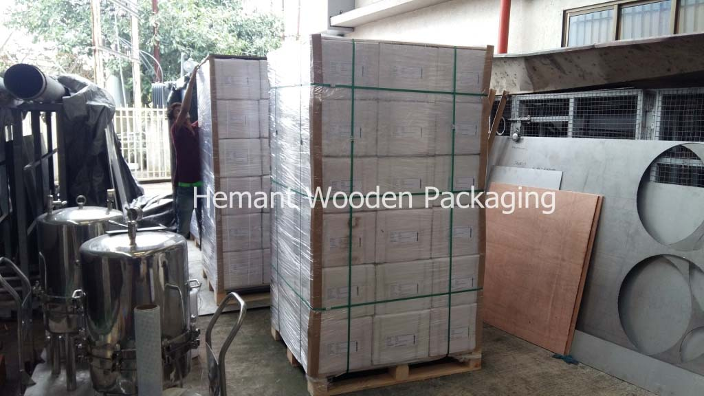 Palletization Services (Pallet Packing)